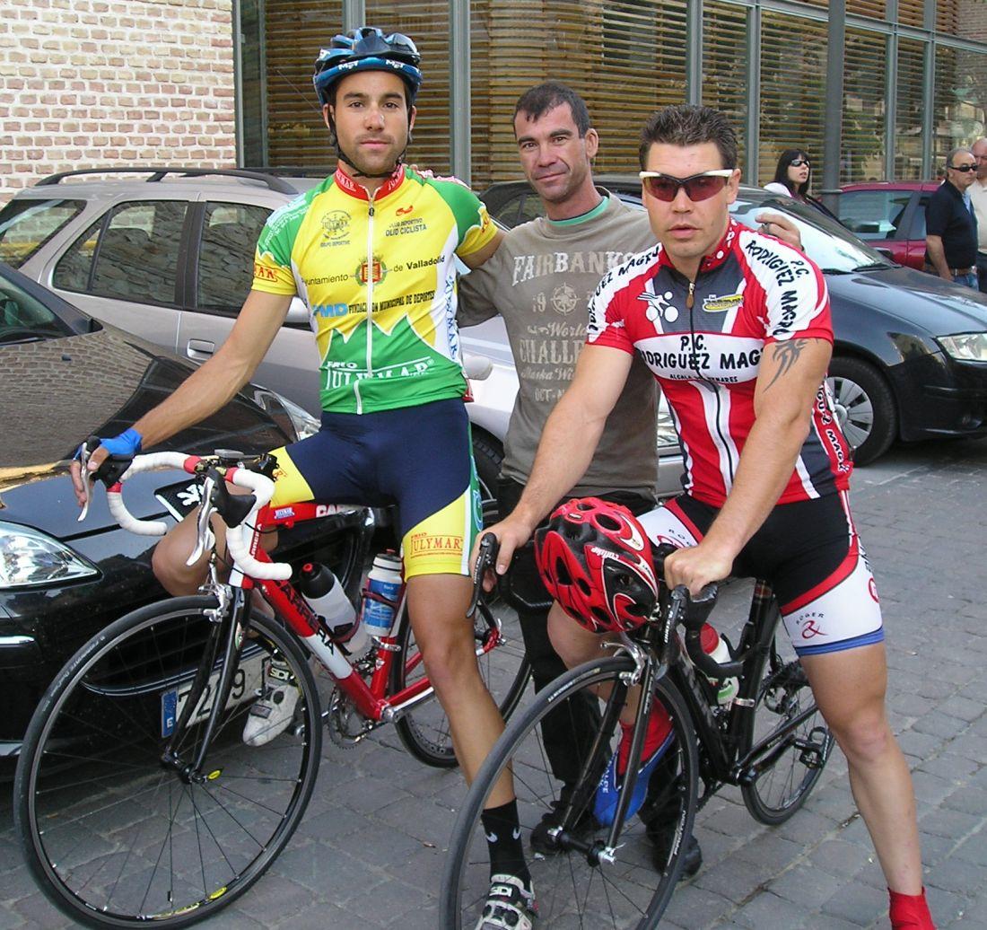 Pizarro con oskar y dani for Oficina caixanova madrid